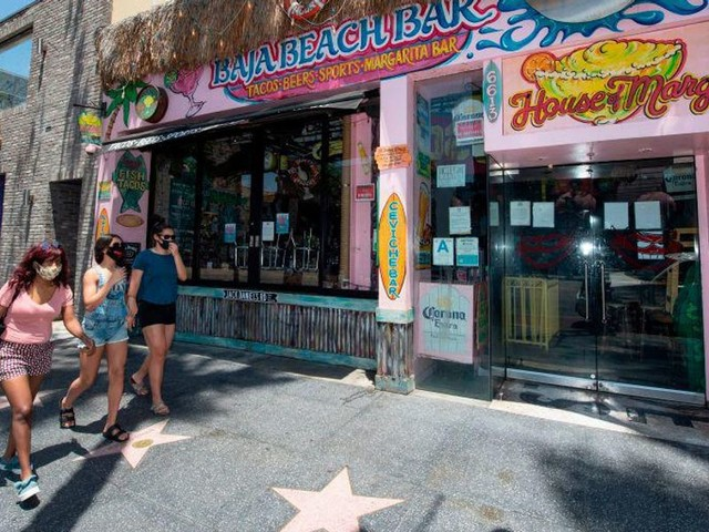 Los Angeles to require COVID-19 vaccinations at bars and nightclubs; new restrictions for pro-sports fans