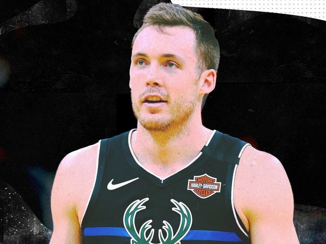 A Q&A with Bucks guard Pat Connaughton during quarantine