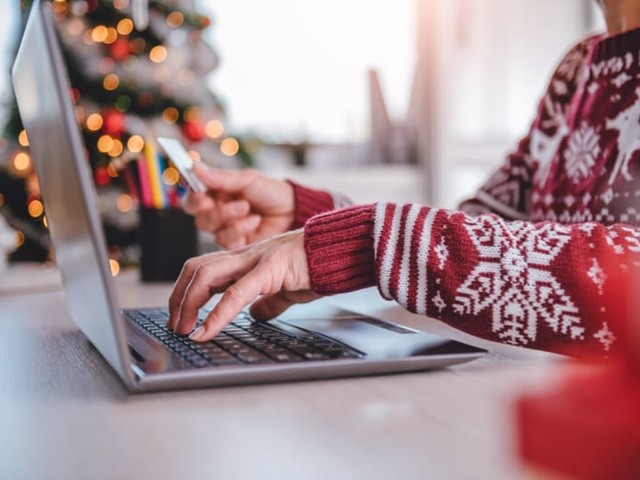 Holiday Online Sales Surge, Data Shows