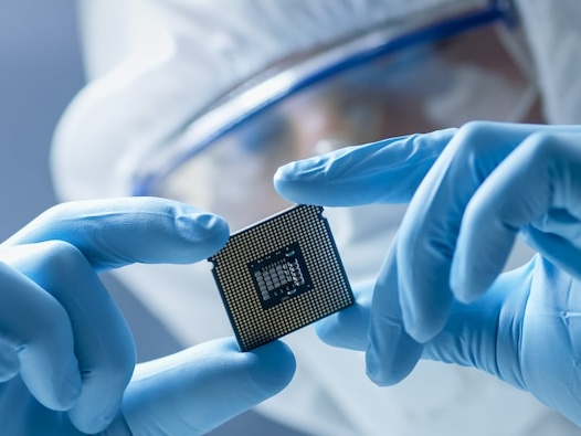 The global chip shortage is set to drag on. 4 experts predict how long it could last and how it could affect markets (TSMC, AAPL)
