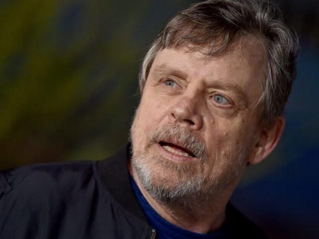 Arizona Store Gives 'Star Wars' Record Back to Mark Hamill