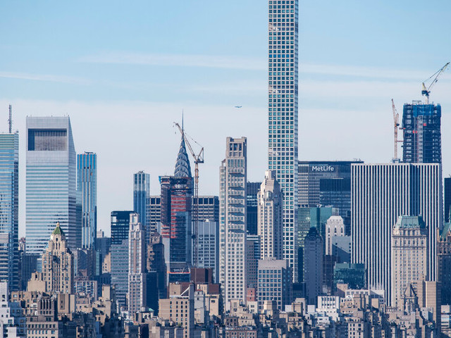 Residents of Troubled Supertall Tower Seek $125 Million in Damages