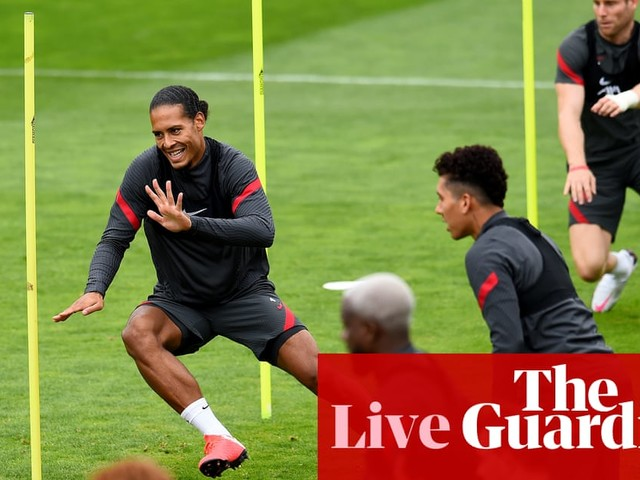 Premier League countdown: all the latest news before the big kick off –live!