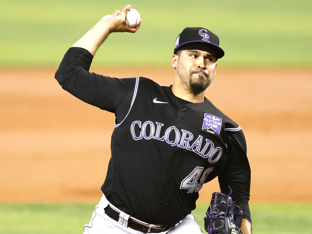 Rockies vs. Reds prediction: Go with experienced pitcher