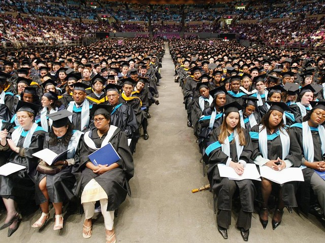 Nontuition costs burden CUNY community college students