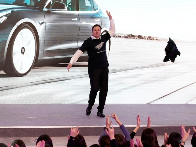 Tesla shares will edge even higher on earnings and demand in China, analyst says