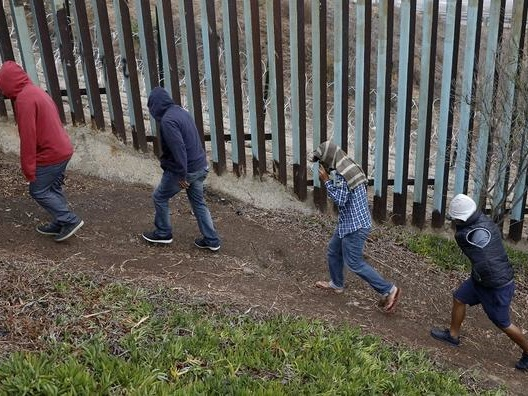 1000s Of Illegals Quarantined After Exposure To Chicken Pox, Mumps