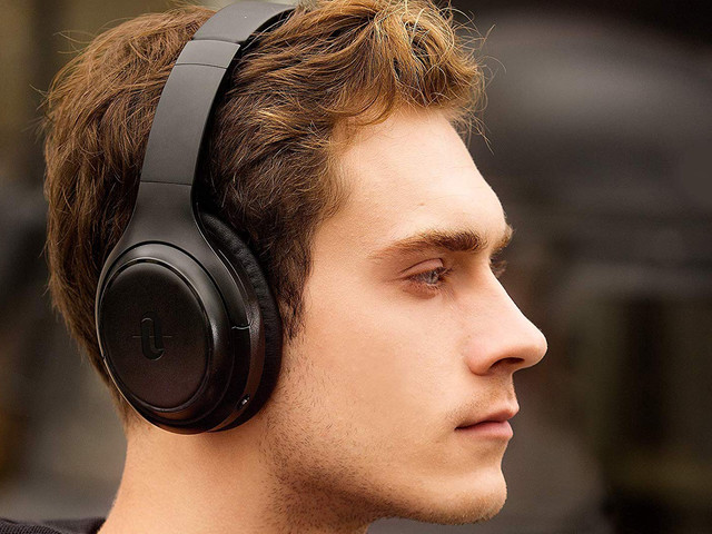 Don't spend $350 on noise cancelling headphones when this awesome pair is down to $45