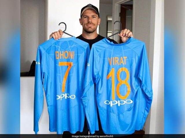 """Aaron Finch Thanks """"All-Time Greats"""" Kohli, Dhoni For Wonderful Gesture"""