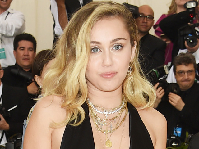 Miley Cyrus Loses Her House in California Wildfires
