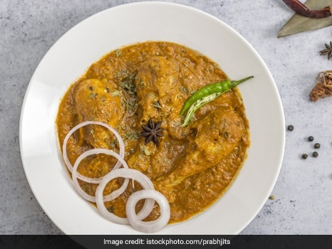 High-Protein Diet: Make Traditional-Style Masala Chicken Curry At Home