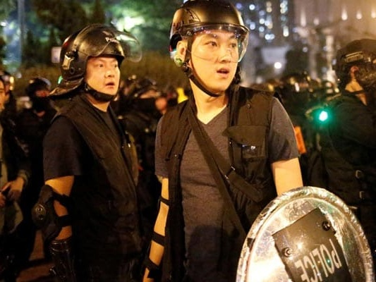 Hong Kong Protesters Throw Petrol Bombs At CCTV Cameras; 29 Arrested