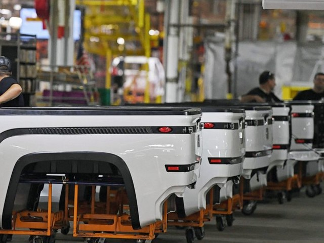 Hedge fund may invest up to $400M in Lordstown Motors