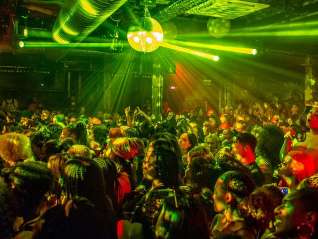 UK nightclubs are set to open for the first time in over a year, some without any COVID-19 safety measures. Venues can't wait — but some fear a virus surge among young people.