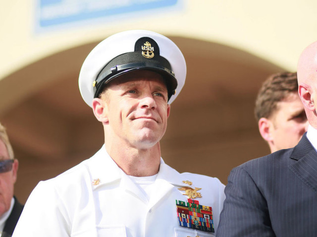 President Trump overrides Navy decision to remove SEAL who recently received war crime pardon