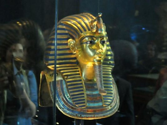 On This Day: Howard Carter finds King Tutankhamen's tomb