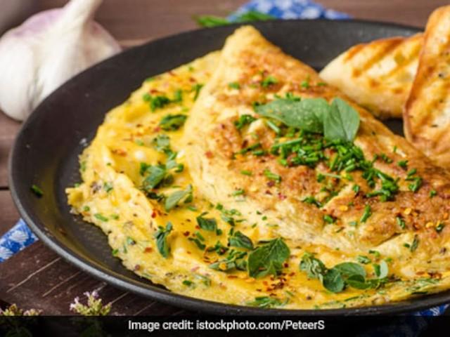 Chef Saransh Goila Shares Recipe Of A Cup-Shaped Omelette