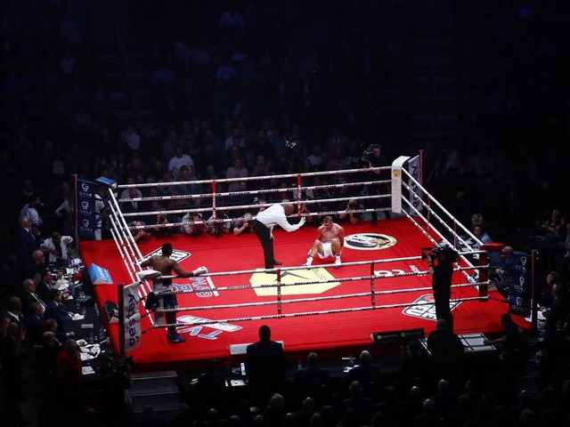 Report: Without COVID-19 vaccine, Quebec may ban combat sports