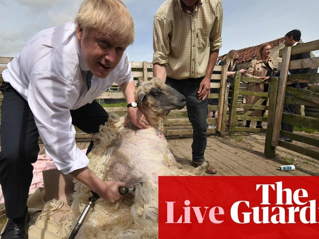 Boris Johnson warned no deal Brexit could lead to farmers blocking roads in protest - live news