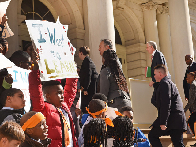 De Blasio ignores Success Academy students protesting on steps of City Hall