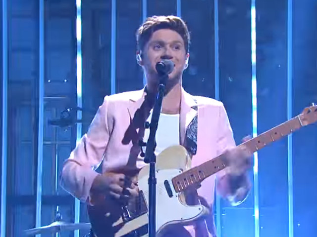Niall Horan Performs 'Nice to Meet Ya' & 'Put a Little Love on Me' on 'SNL' (Video)