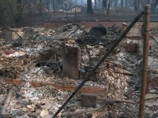 Camp Fire death toll hits 71; Trump visits as California struggles to locate 1,000 people