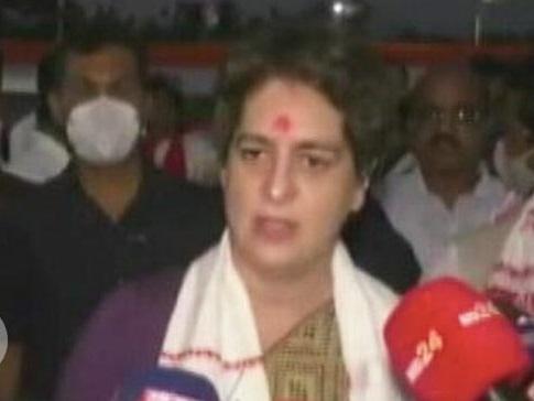 असम चुनाव: BJP पर हमलावर प्रियंका गांधी, बोलीं- सरकार ने गरीबों के लिए नहीं किया काम