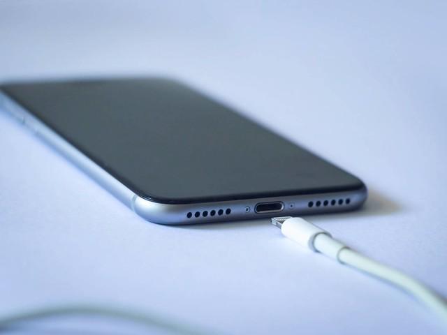 Leak says Apple will upgrade iPhone 13 charging speeds