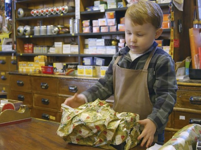2-year old Arthur becomes star in UK Christmas ad tradition