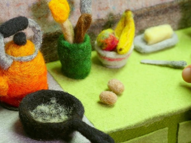 Cooking with Wool: Watch Mouthwatering Tiny Woolen Food Animations