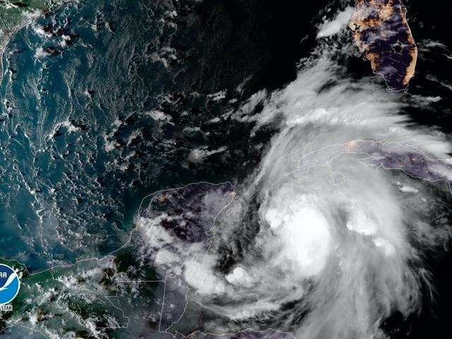US Gulf Coast bracing for 'monstrous' Hurricane Michael