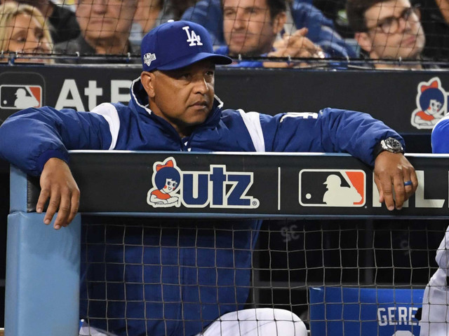 Dodgers quickly decide Dave Roberts' fate after playoff debacle