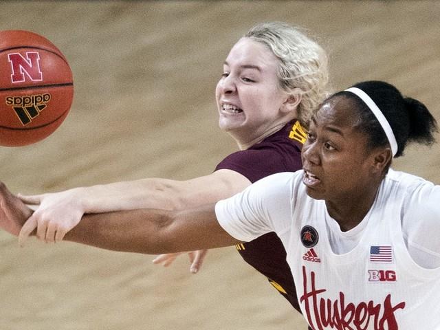 Gophers women's basketball rallies to defeat Nebraska 76-71