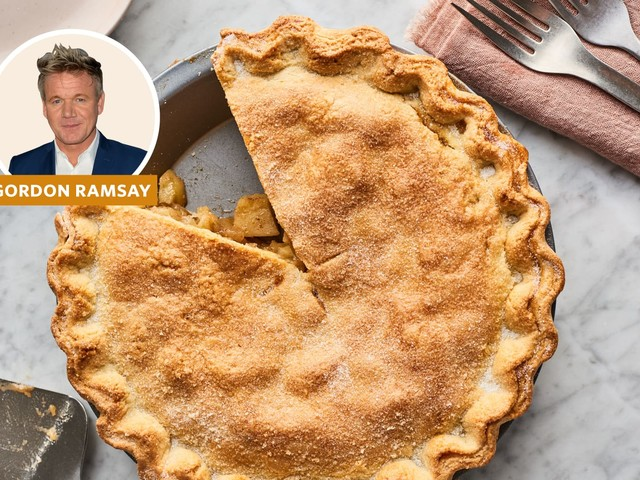 Gordon Ramsay's Apple Pie Recipe Is Nothing Like You've Seen Before