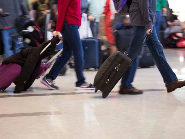 Don't make these common holiday travel mistakes