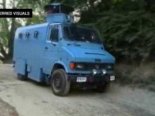 Encounter Breaks Out In J&K's Anantnag, 3 Terrorists Trapped