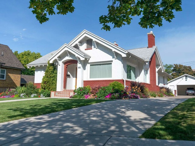 What is a mortgage refinance, In plain English