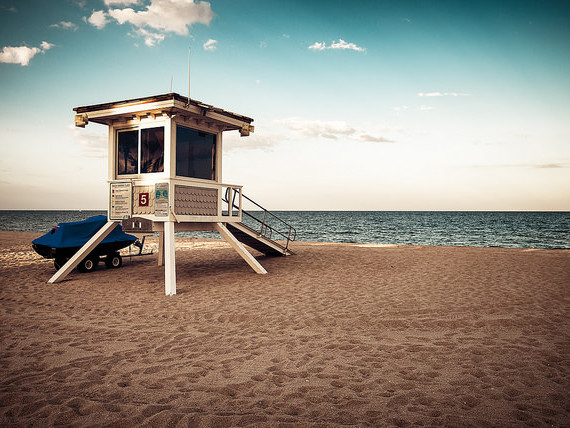 jetBlue – $129: Newark – Fort Lauderdale (and vice versa). Roundtrip, including all Taxes