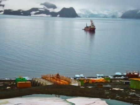 Bolsonaro's Brazil Announces Chinese-Built $100 Million Base in Antarctica