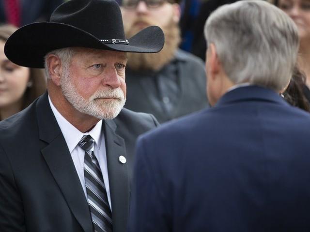 Man Who Shot Church Gunman Gets Highest Texas Civilian Honor