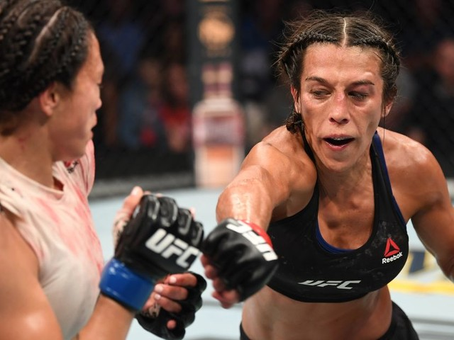 UFC Tampa video highlights: Jedrzejczyk takes dominant decision over Waterson