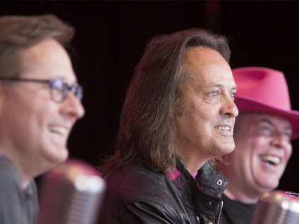 T-Mobile Reports Accelerated Customer Growth, All-Time Record-Low Churn, and Best Ever Q1 Financial Results