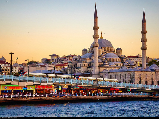 Delta / Air France / KLM Royal Dutch – $608 (Regular Economy) / $488 (Basic Economy): San Francisco – Istanbul, Turkey. Roundtrip, including all Taxes