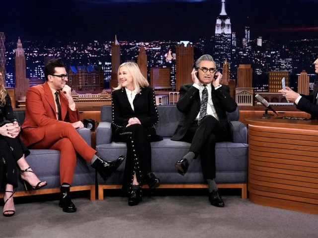 The Schitt's Creek cast knows each other really well, unsurprisingly