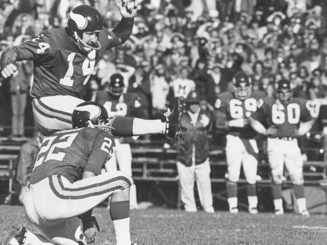 Kicker Fred Cox, leading scorer in Vikings history, dies at 80