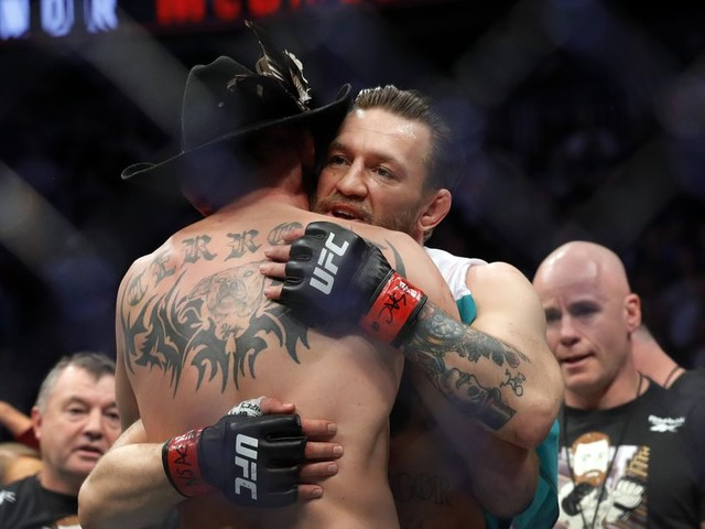 McGregor defends Rogan, tells Stephen A. Smith to apologize