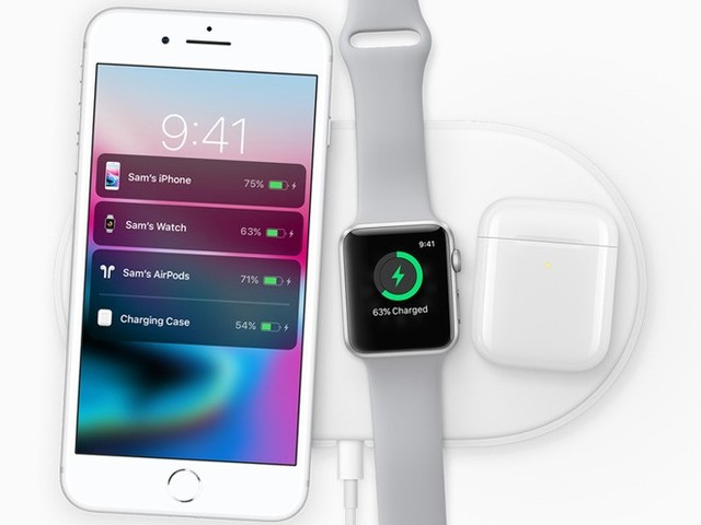 Apple References AirPower Charging Mat On Smart Battery Case Website