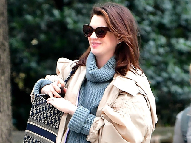 Anne Hathaway Spills on the Difference Being Pregnant for the Second Time