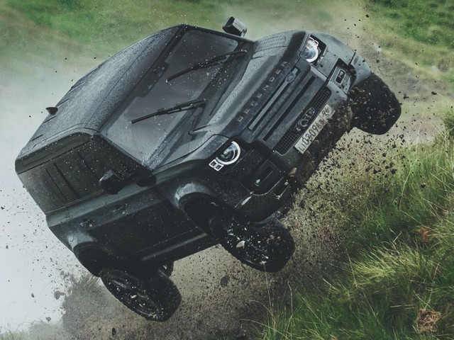 Watch New Land Rover Defender Perform Crazy Stunt In 'No Time To Die'