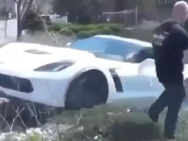 Corvette Z06 Driver Does A Mustang By Attempting Burnout, Ending Up In Ditch